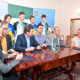 Porozumienie w sprawie organizacji 100-lecia Klubu.