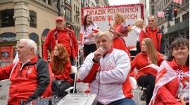 Na Paradę Pułaskiego i na mecz