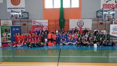 ROCZNIK 2012: II i III miejsce żaków w halowym turnieju OZPN Konin