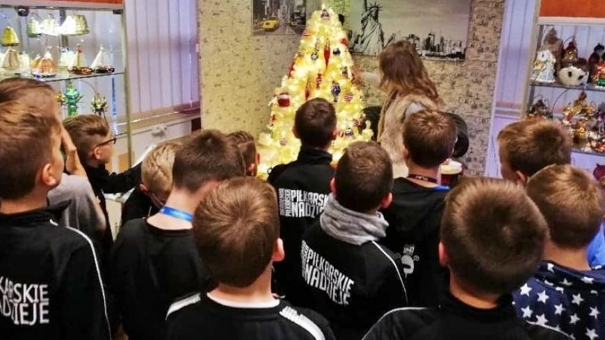 Uczniowie MSMS w Muzeum Bombki Choinkowej