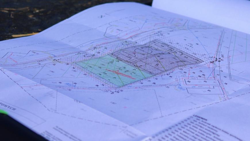 Przekazano plac budowy, rusza dokończenie boiska treningowego Orła Myślenice