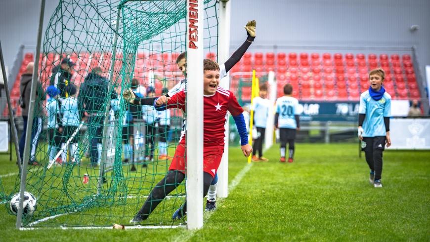 Mali piłkarze opanowali Myślenice w PESMENPOL ORZEŁ CUP!