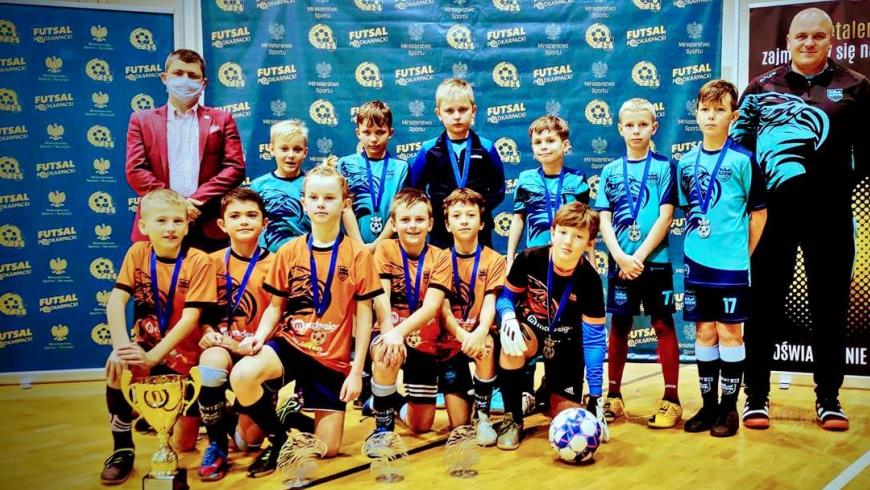 Rocznik 2011 wygrywa futsalowy Mefran Cup 2020